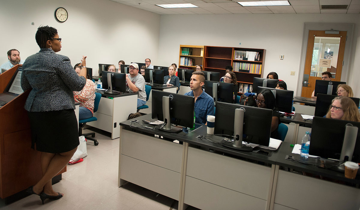Students in computer lab classroom
